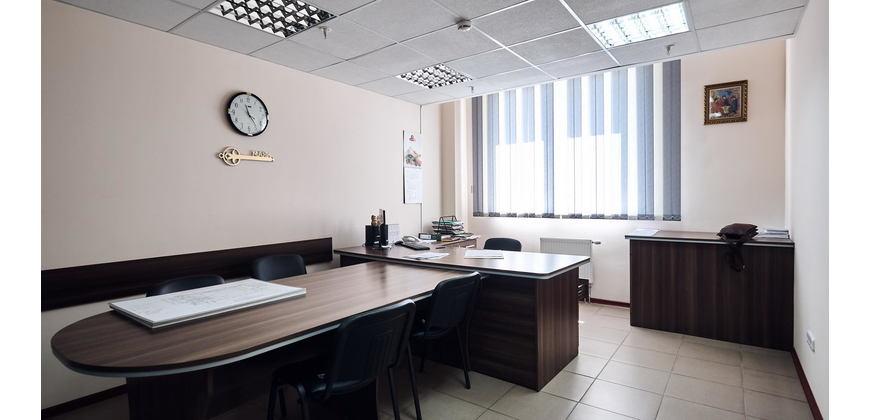 Торговое, услуги, офис (ТЦ «Маяк»)